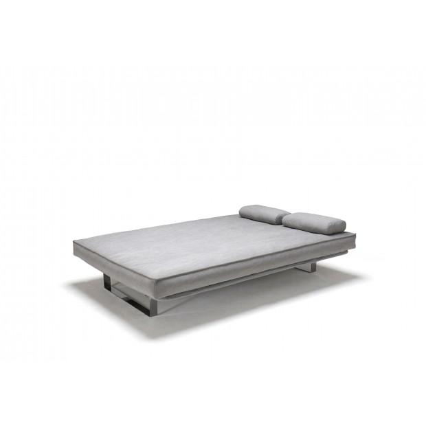Minimum med Classic madras og Sharp betræk. 140 x 200 cm. 34 farver.-01